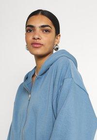 Weekday - MIRIAM ZIP HOODIE - Zip-up sweatshirt - blue - 3