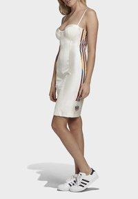 adidas Originals - PAOLINA RUSSO COLLAB SPORTS INSPIRED SLIM DRESS - Sukienka etui - chalk white - 3