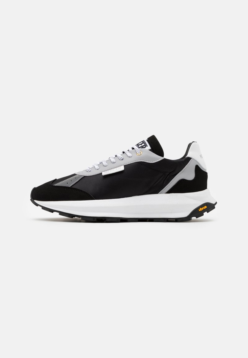 Mercer Amsterdam - RACER - Trainers - black