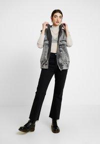 Monki - JAVA - Long sleeved top - white/silver - 1