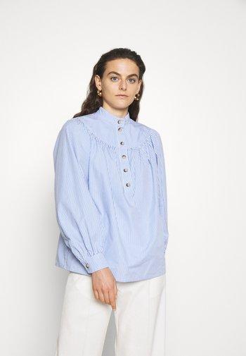 PAMINA - Blouse - blanc/bleu