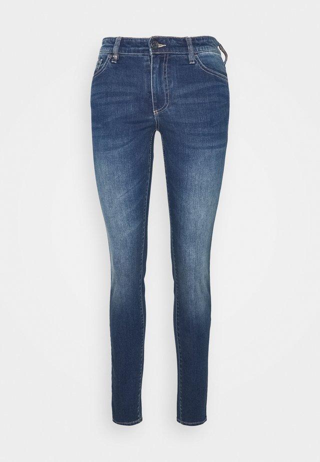 POCKETS PANT - Skinny džíny - indigo denim