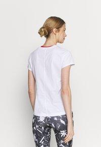 ASICS - FUTURE TOKYO TEE - T-Shirt print - brilliant white - 2