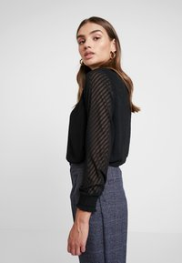ONLY - ONLNEW KAYLA - Blouse - black - 3