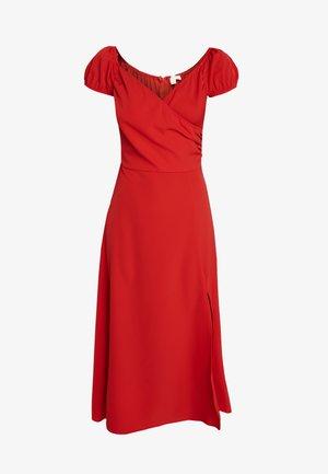 OFF SHOULDER MAXI DRESS - Žerzejové šaty - red