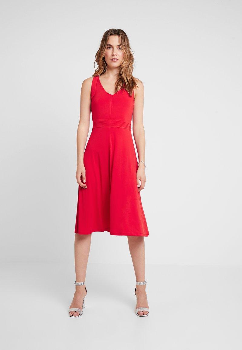 mint&berry - Jersey dress - goji berry