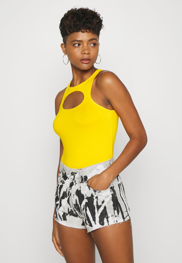 TADDEA TANK - Débardeur - warm yellow