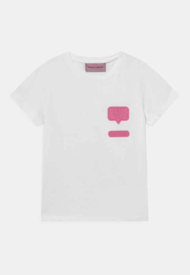 PATCH  - T-shirt con stampa - white