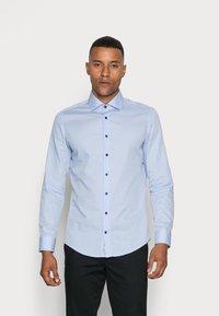 Seidensticker - SLIM SPREAD PATCH - Camicia elegante - hellblau - 0