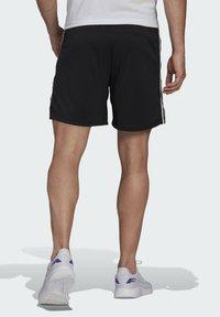 adidas Performance - PRIMEBLUE DESIGNED TO MOVE SPORT 3-STRIPES SHORTS - Sports shorts - black - 2