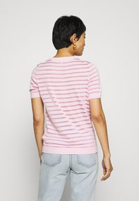 Tommy Hilfiger - BALLOU - Print T-shirt - frosted pink - 2