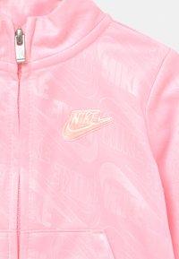 Nike Sportswear - MINI ME SET - Verryttelytakki - arctic punch - 3