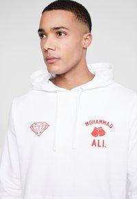Diamond Supply Co. - FIGHT HOODIE - Hoodie - white - 3