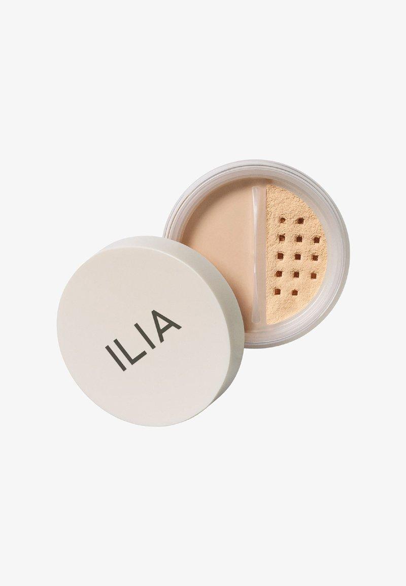 ILIA Beauty - RADIANT TRANSLUCENT POWDER - Powder - magic sands