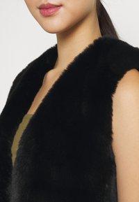 Molly Bracken - LADIES SLEEVELESS JACKET - Waistcoat - black - 5