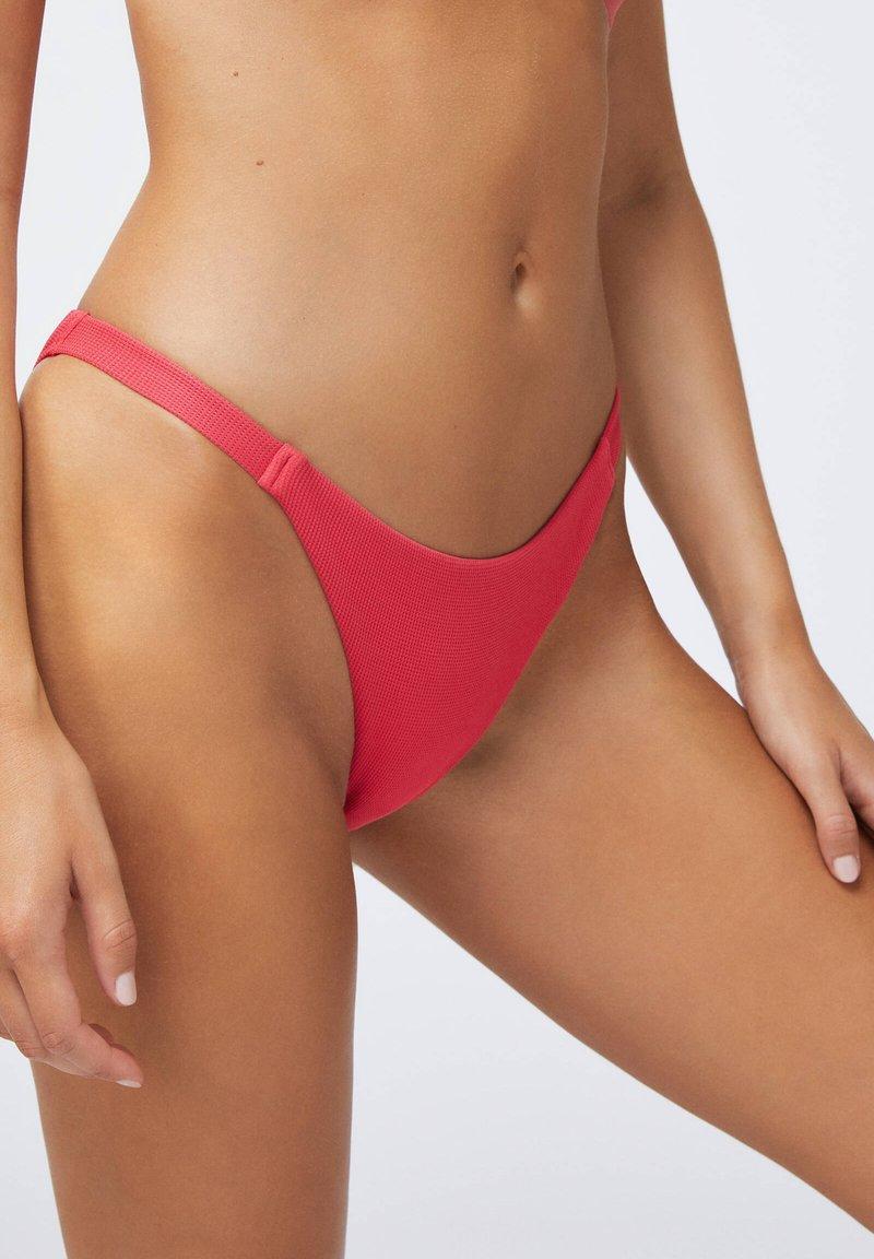 OYSHO - Bikini bottoms - coral