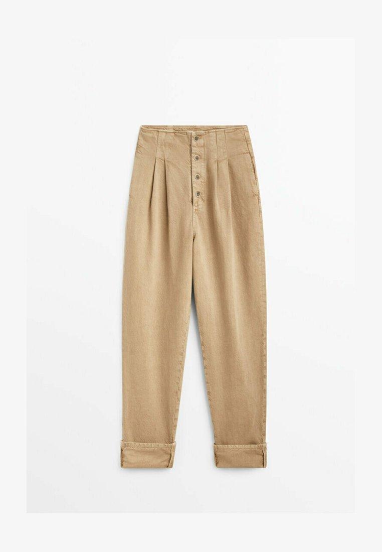 Massimo Dutti - MIT UMGESCHLAGENEM SAUM - Straight leg jeans - nude