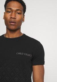 Carlo Colucci - Triko spotiskem - black - 4
