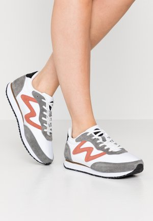 OLIVIA II - Baskets basses - autumn grey/white