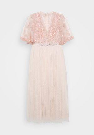 PATCHWORK BODICE BALLERINA DRESS - Koktejlové šaty/ šaty na párty - ballet slipper/pink