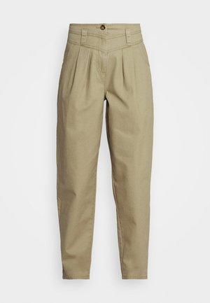 ELLA MENSY - Jeans Relaxed Fit - khaki