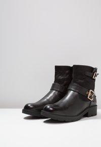 H.I.S - Cowboy/biker ankle boot - black - 4