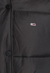 Tommy Jeans - BELTED PUFFER - Veste d'hiver - black - 6