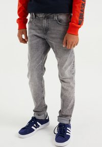 WE Fashion - Relaxed fit jeans - grey - 0