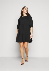 New Look Curves - TIER LOOPBACK SMOCK - Jersey dress - black - 0