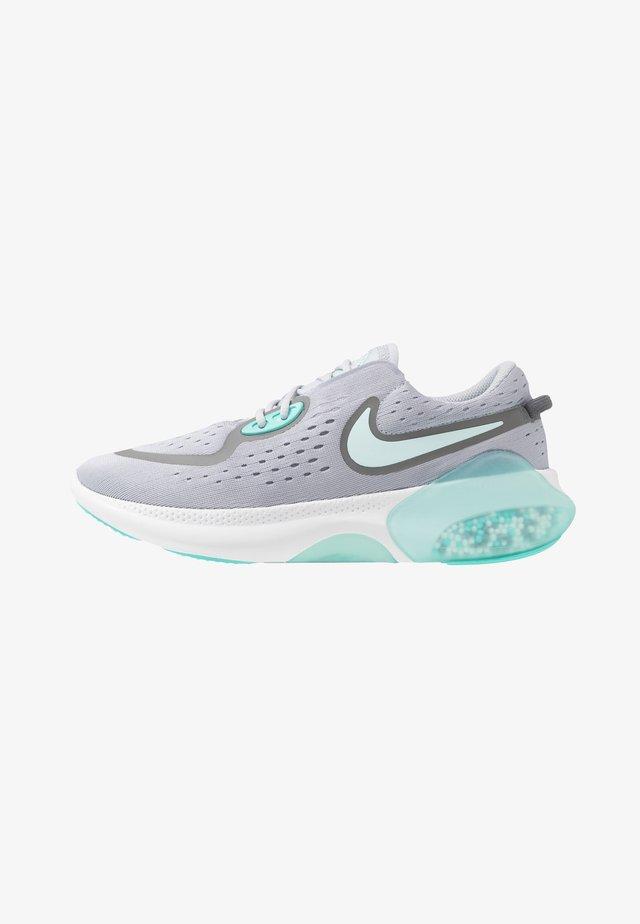 JOYRIDE DUAL RUN - Chaussures de running neutres - sky grey/teal tint/smoke grey/white