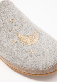 TOMS - INDIA - Slippers - grey - 2