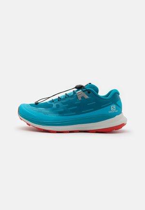ULTRA GLIDE - Běžecké boty do terénu - crystal teal/barrier reef/goji berry