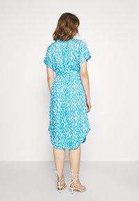 Monki - LEXI SHIRTDRESS - Skjortekjole - blue bright - 2
