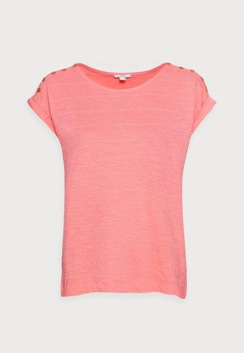 TEE - Basic T-shirt - coral