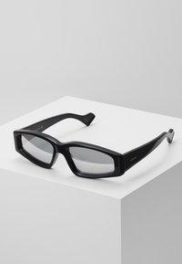 Gucci - Gafas de sol - black/silver - 0