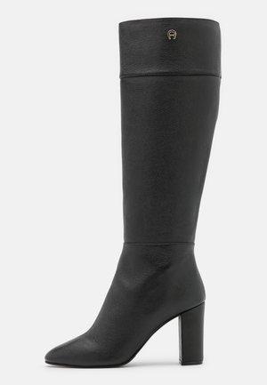 CAROLINE  - Vysoká obuv - black