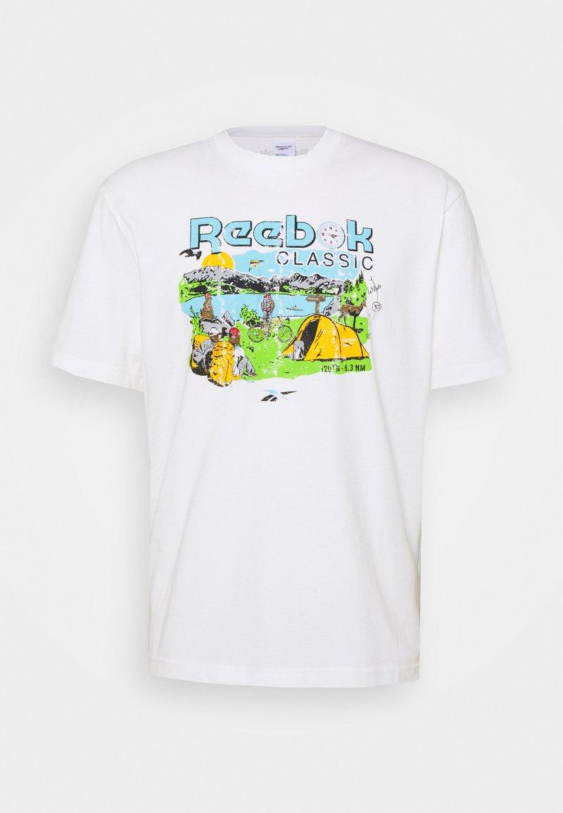 Reebok Classic - TEE WEST - Print T-shirt - chalk
