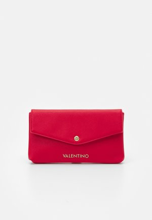 SOFT COSMETIC CASE - Wash bag - rosso