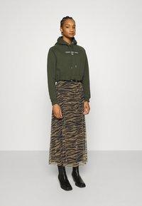 Calvin Klein Jeans - Maxi skirt - irish cream/black - 1