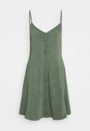 DYED ACID WASH - Jersey dress - khaki green