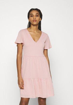 VINATALIE SHORT DRESS - Jersey dress - misty rose