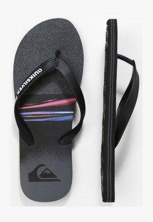 MOLOKAI - Pool shoes - black