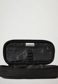 Napapijri - HAPPY - Pencil case - black 041 - 2