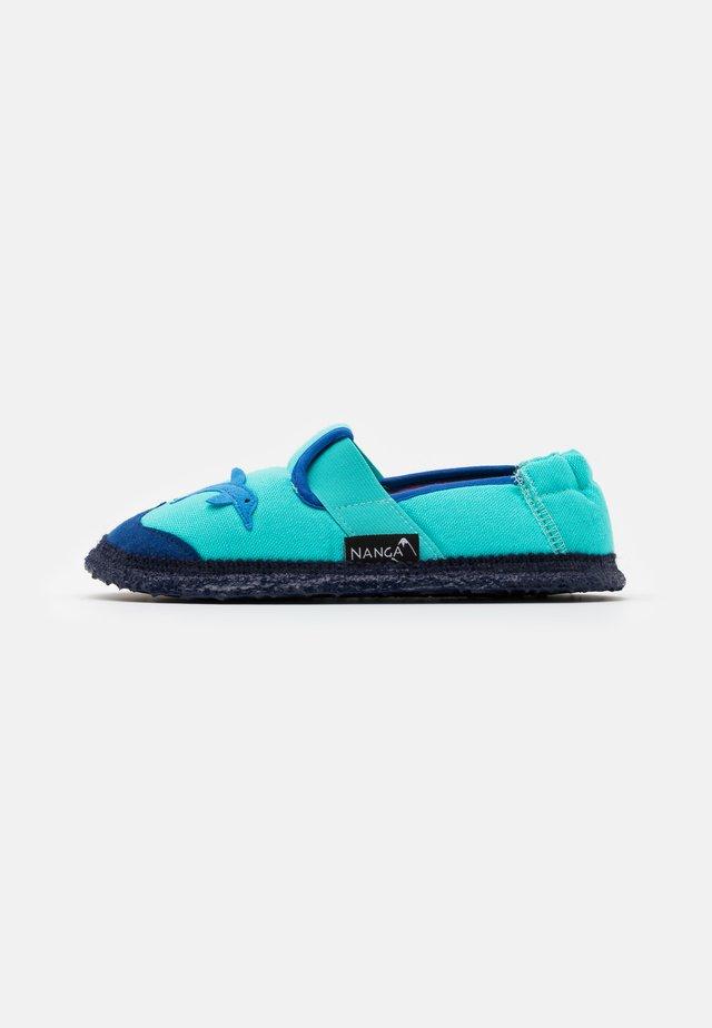 DELPHIN - Domácí obuv - blue