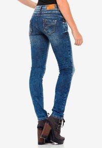 Cipo & Baxx - MIT COOLEM DOPPEL-BUND - Slim fit jeans - blau - 3