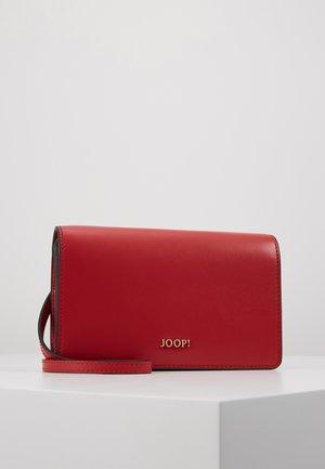 NAUSICA BRUNA  - Across body bag - red