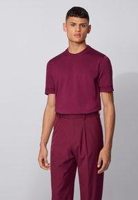 BOSS - IMATTEO - T-Shirt basic - purple - 0