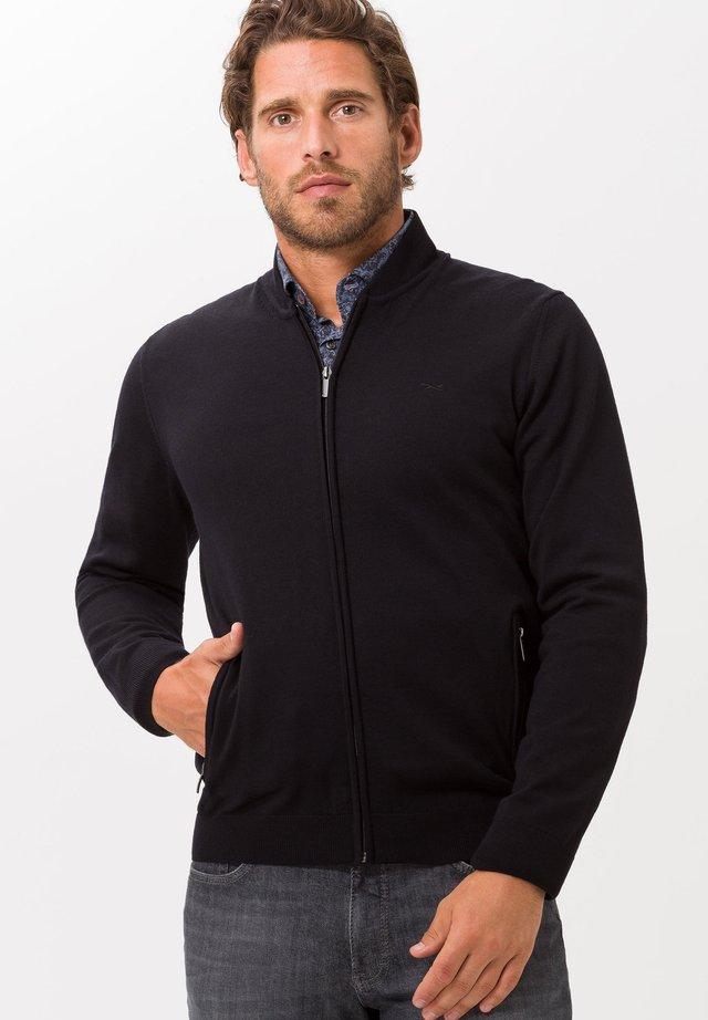 STYLE JOSHUA - Vest - black