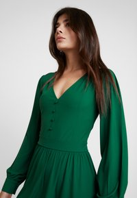 mint&berry - Jersey dress - green - 4