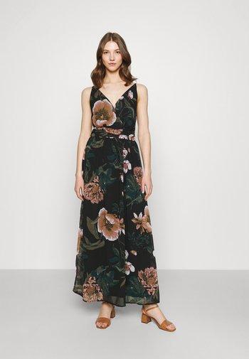 VMKATNISS MAXI DRESS  - Maxi dress - black